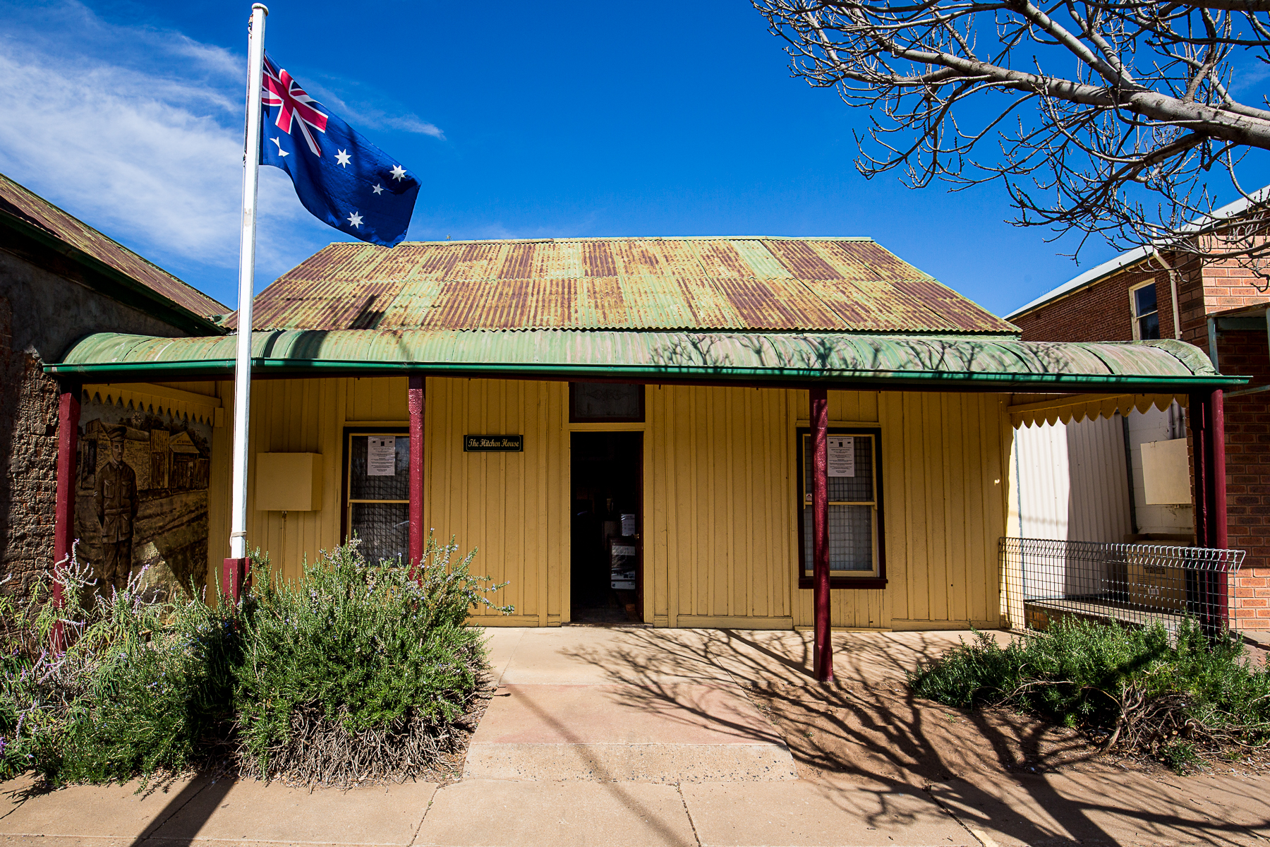 The-Hitchen-House-Gilgandra2.jpg